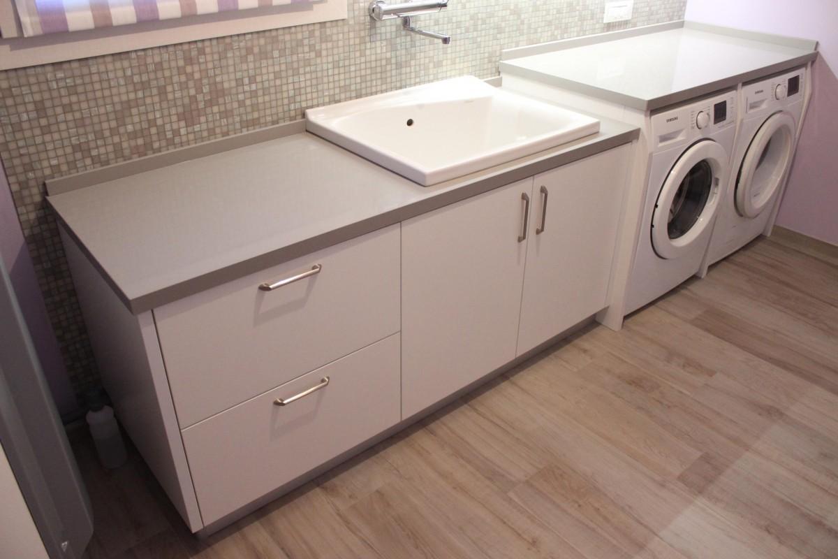 Bagno lavanderia 9 er ma da mobilificio progetta e for Progetta i tuoi mobili