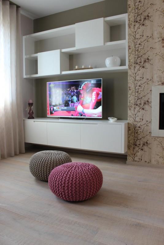 13 mobile tv sospeso er ma da mobilificio progetta for Mobile tv sospeso