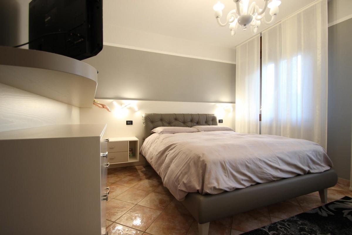 34 camera matrimoniale moderna frassino laccato bicolore - Camera matrimoniale moderna ...