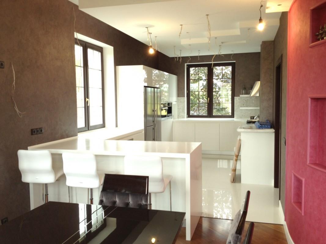 13 Cucina laccata bianco lucido