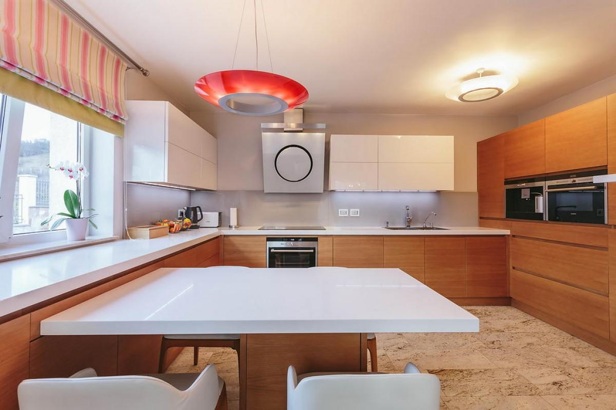 15 Cucina moderna rovere e bianco lucido - ER. MA. DA. Mobilificio ...