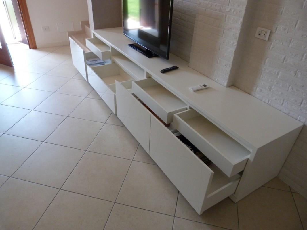 5 MOBILE TV E LIBREIA