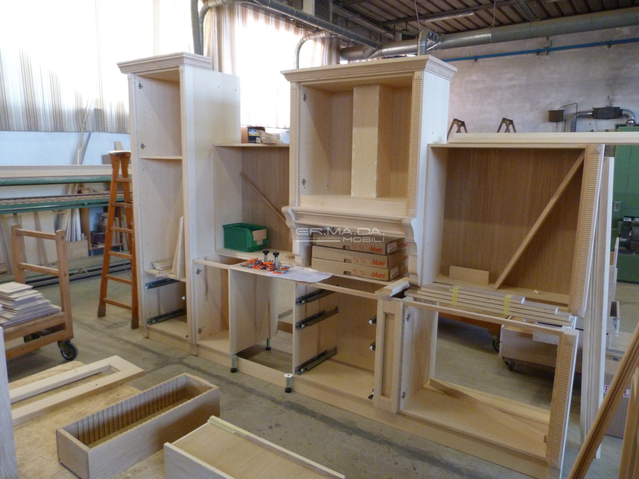 Cucina classica er ma da mobilificio progetta e for Progetta i tuoi piani di costruzione