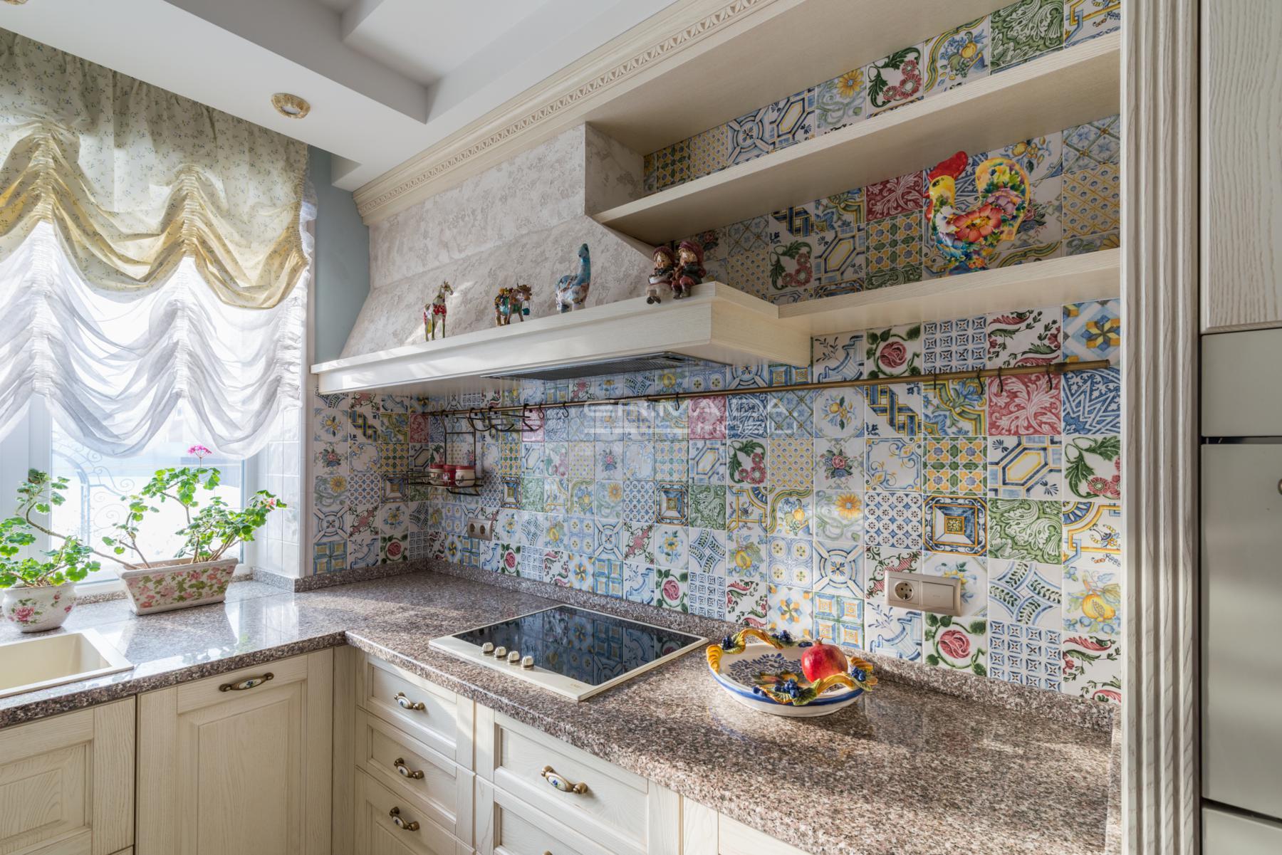 Cucina laccata spazzolato 13 er ma da mobilificio for Progetta i tuoi mobili online