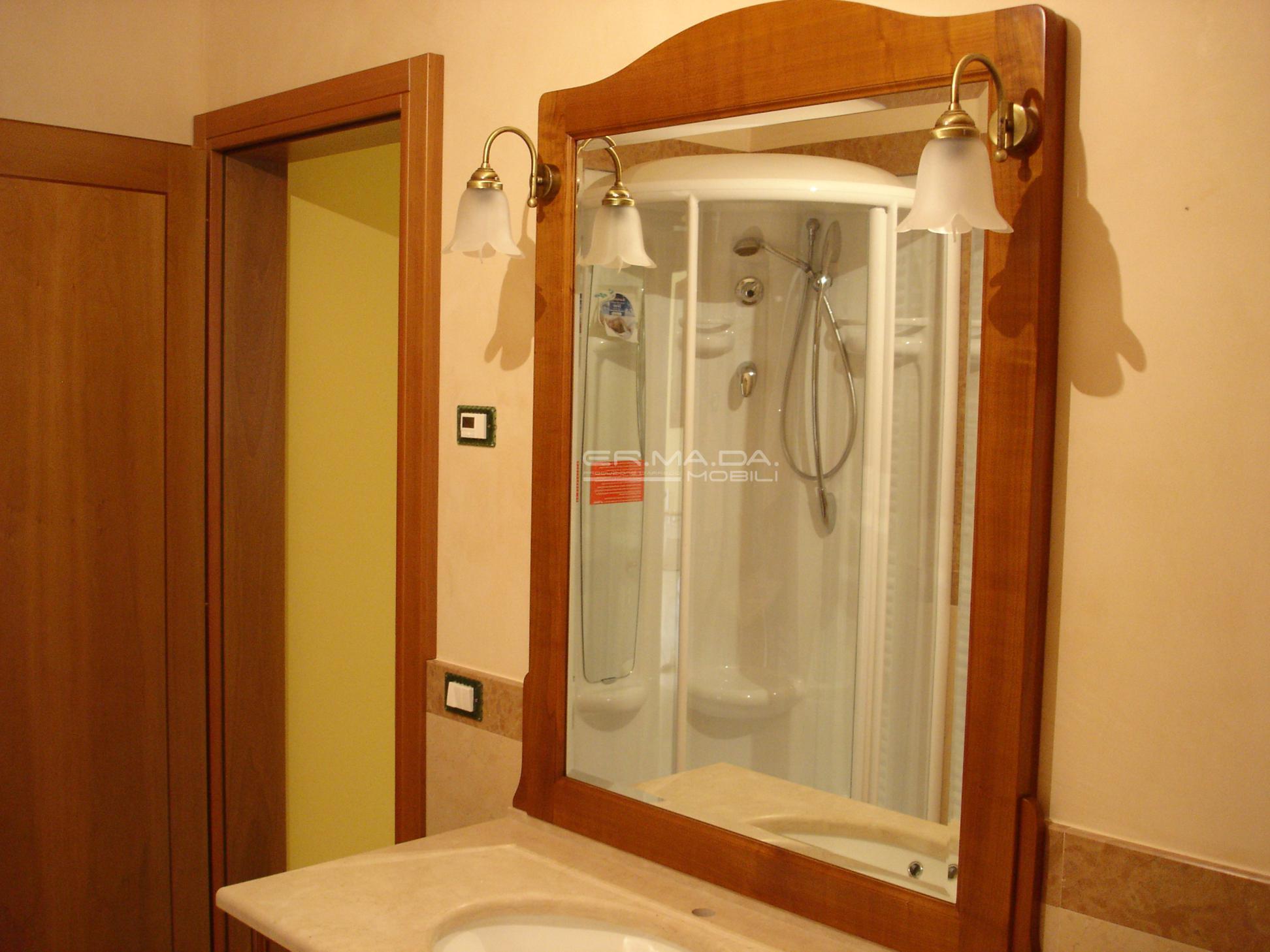 Foto bagni classici piastrelle per bagno classico foto - Foto bagni classici ...