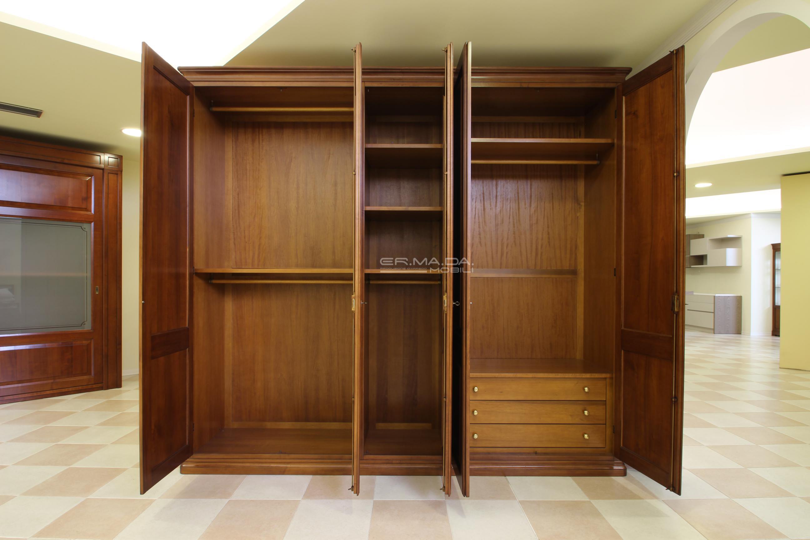 Armadio in legno di ciliegio 6 er ma da mobilificio for Progetta i tuoi mobili