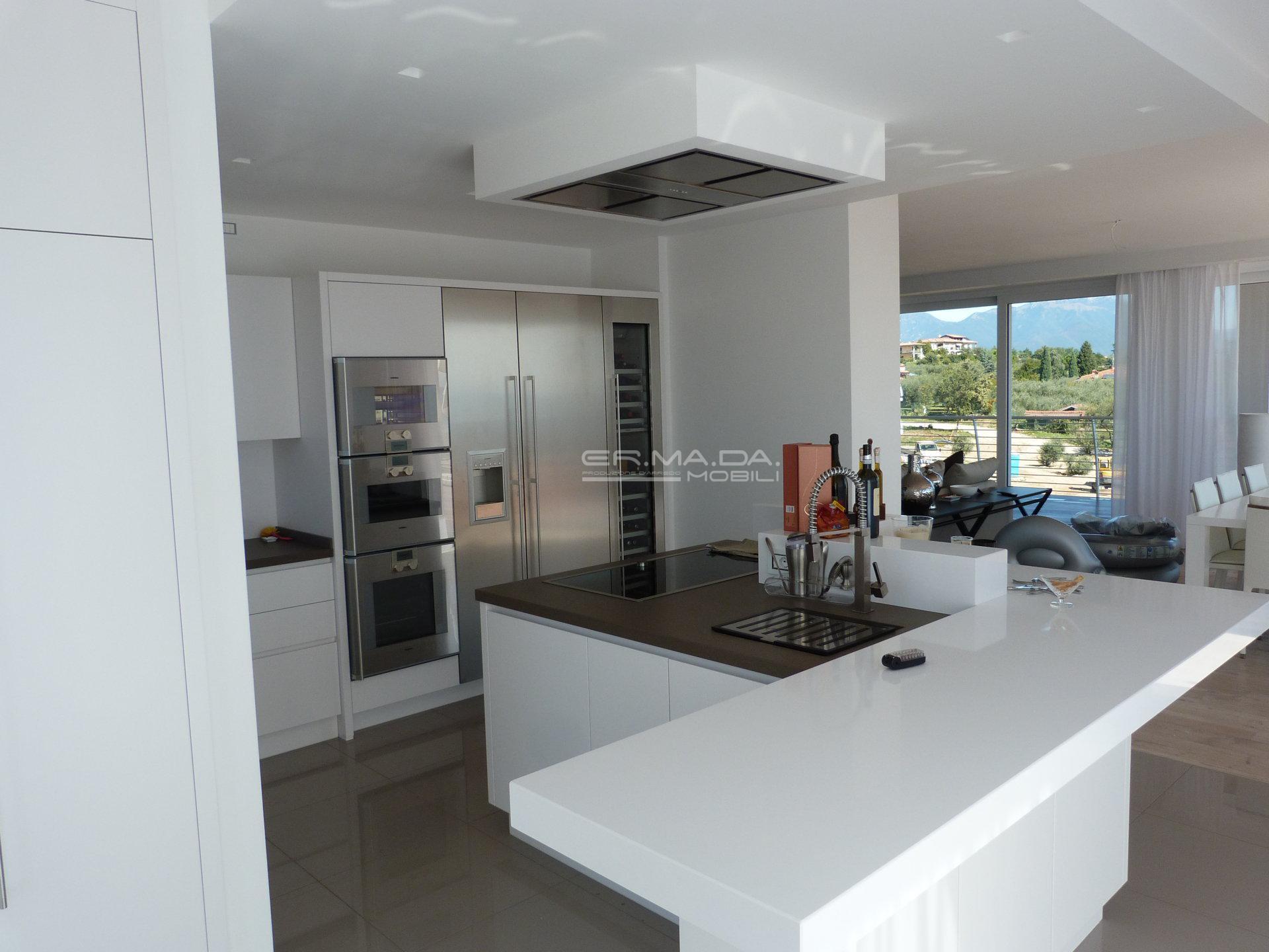 2 Cucina Moderna Bianco Opaco Er Ma Da Mobilificio Progetta E
