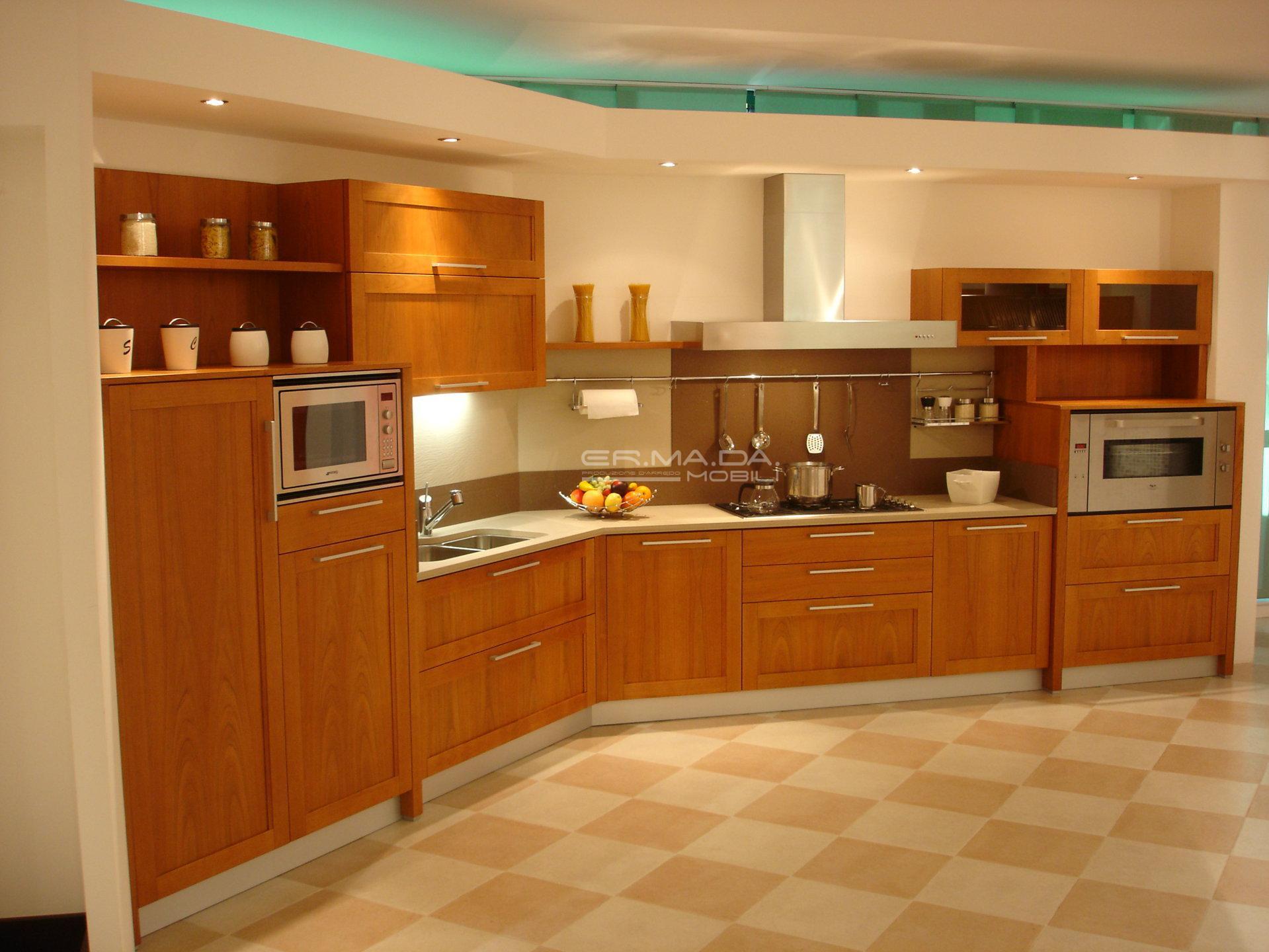 12 cucina a telaio in ciliegio chiaro er ma da for Cucina moderna in ciliegio