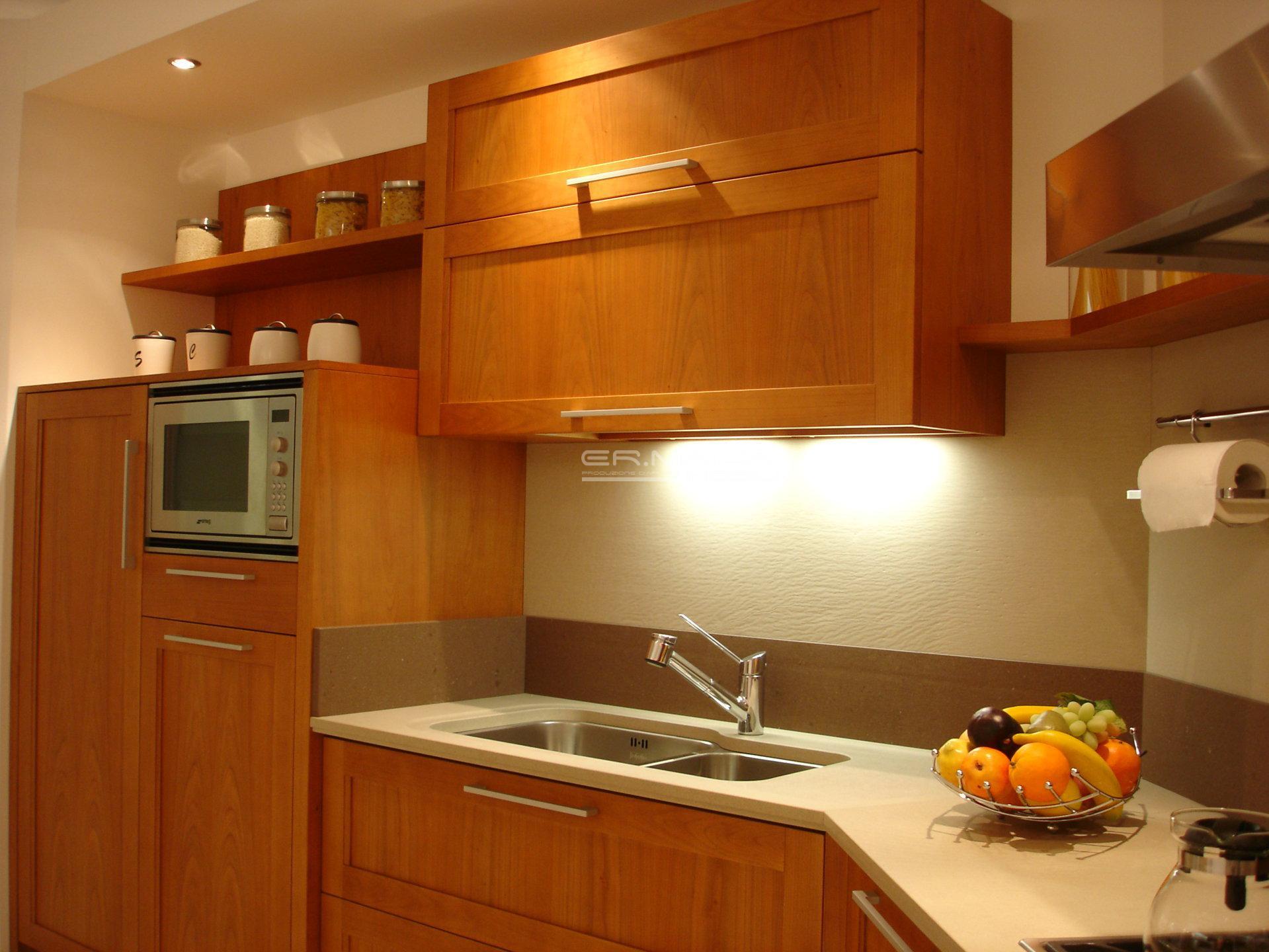 12 Cucina a telaio in ciliegio chiaro - ER. MA. DA. Mobilificio ...